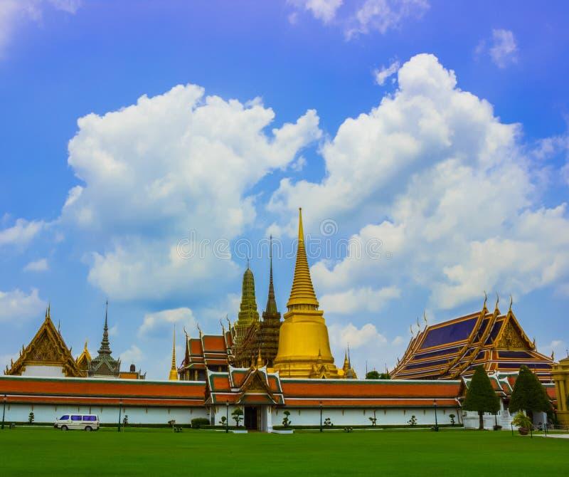 Download Kaew Magnífico Del Phra Del Palacio Y Del Templo Imagen de archivo - Imagen de diseño, configuración: 42437685