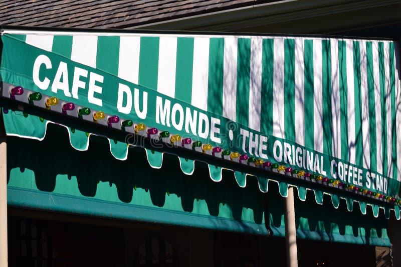 Kafé Du Monde New Orleans arkivfoton