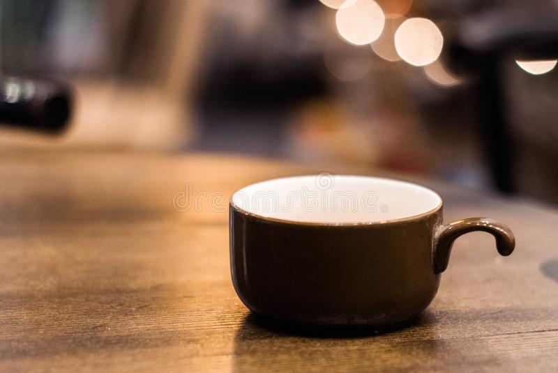 Kafé för vrå för kaffekopp arkivbilder