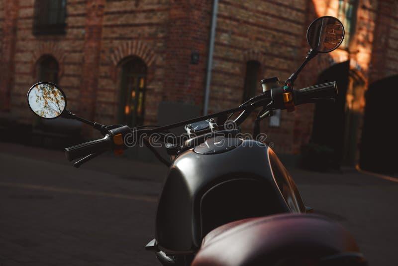 Kafé-racerbil motorcykel fotografering för bildbyråer