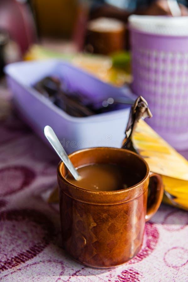 Download Kaffe i en råna arkivfoto. Bild av drink, avbrotts, kaffe - 27278922