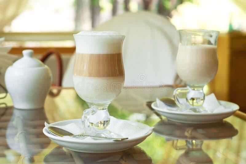 Kaffe i morgonen royaltyfri fotografi