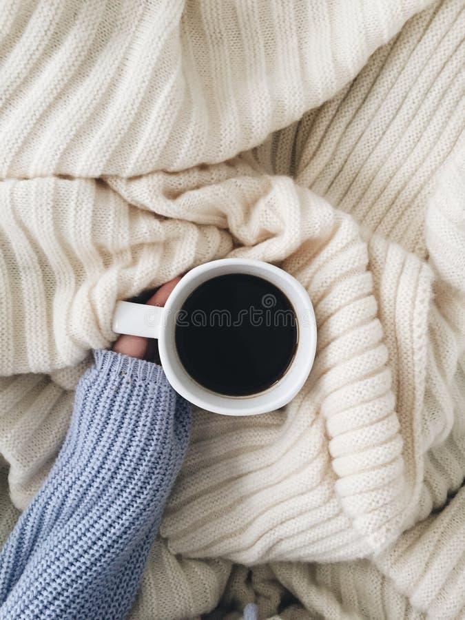 Kaffe i underlag arkivfoton