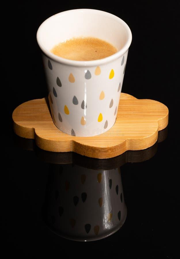 Kaffe Kopp Trähals beverly _ royaltyfria foton