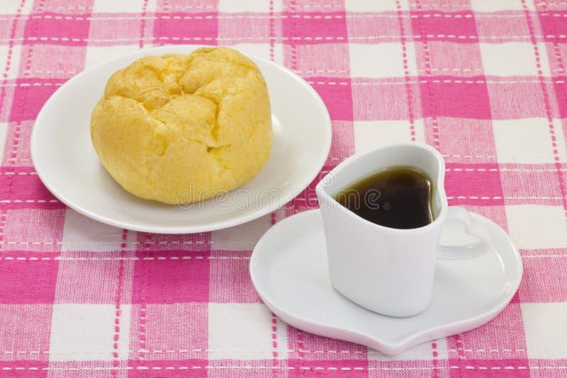 Kaffe och en kräm- puff