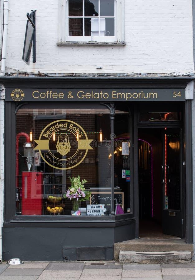 Kaffe och Gelato Emporium arkivbilder