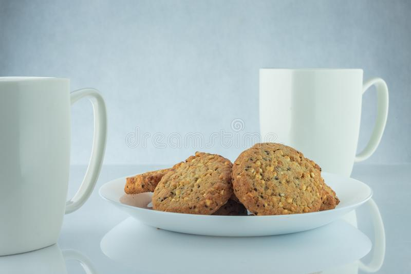 Kaffe och kakor royaltyfri bild