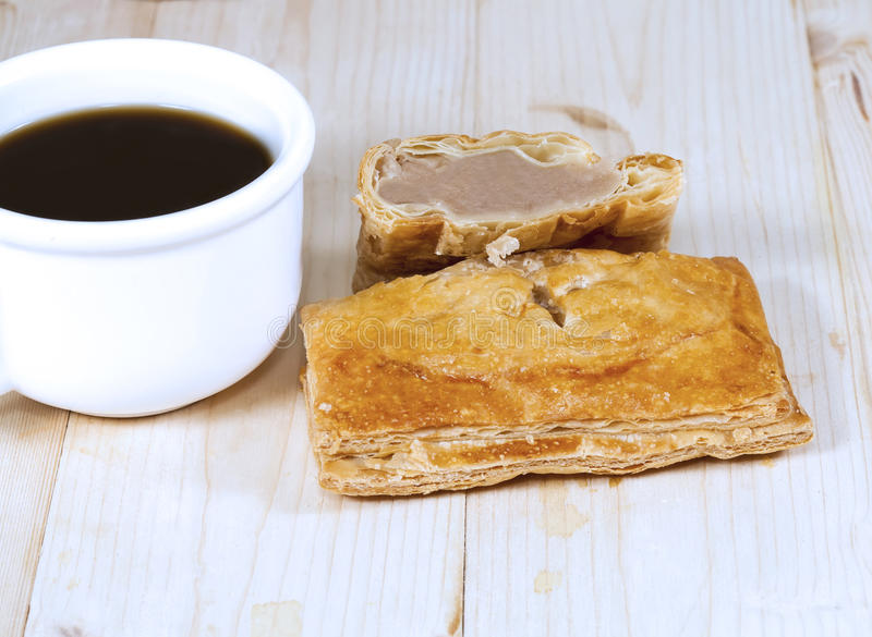 Kaffe- och kokosnötpuff royaltyfri foto
