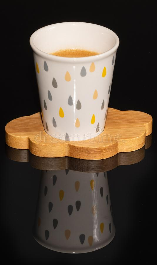 Kaffe Trä beverly Kopp hals _ royaltyfria foton