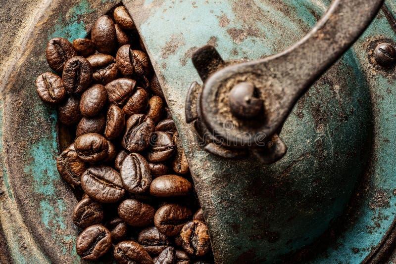 Kaffeantikvitetmolar royaltyfri bild