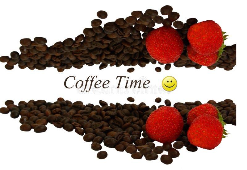 Kaffebönor och jordgubbar som isoleras på vit bakgrund med copyspace för text arkivfoton