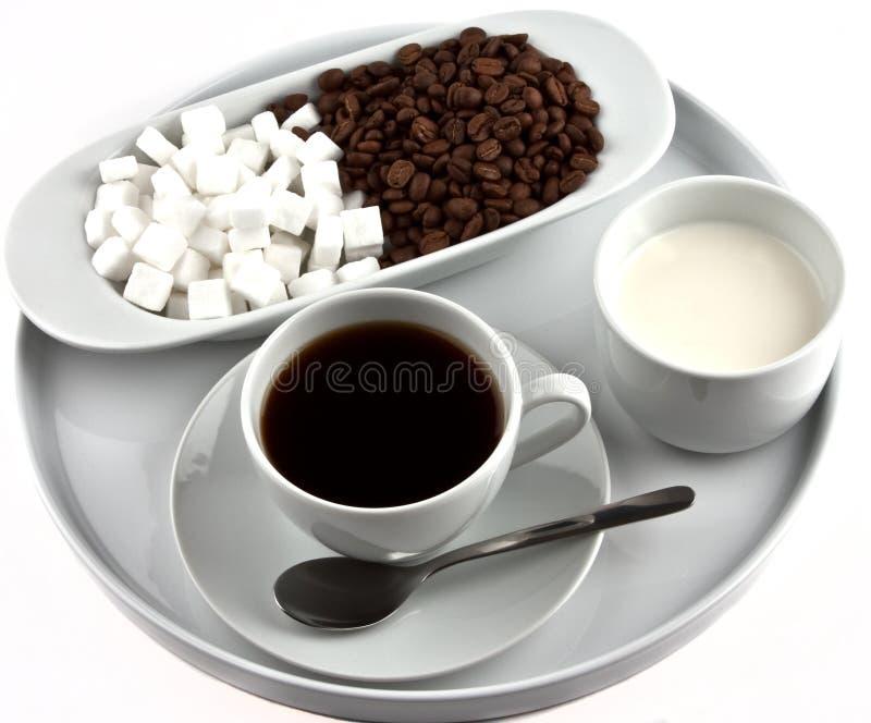 Kaffee auf Platte lizenzfreie stockfotos