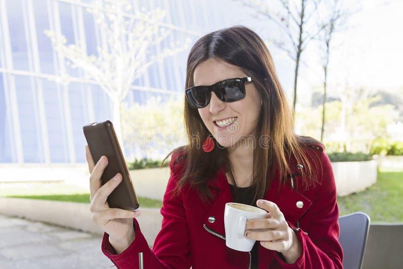 Kaffee in der Stadt stockbilder