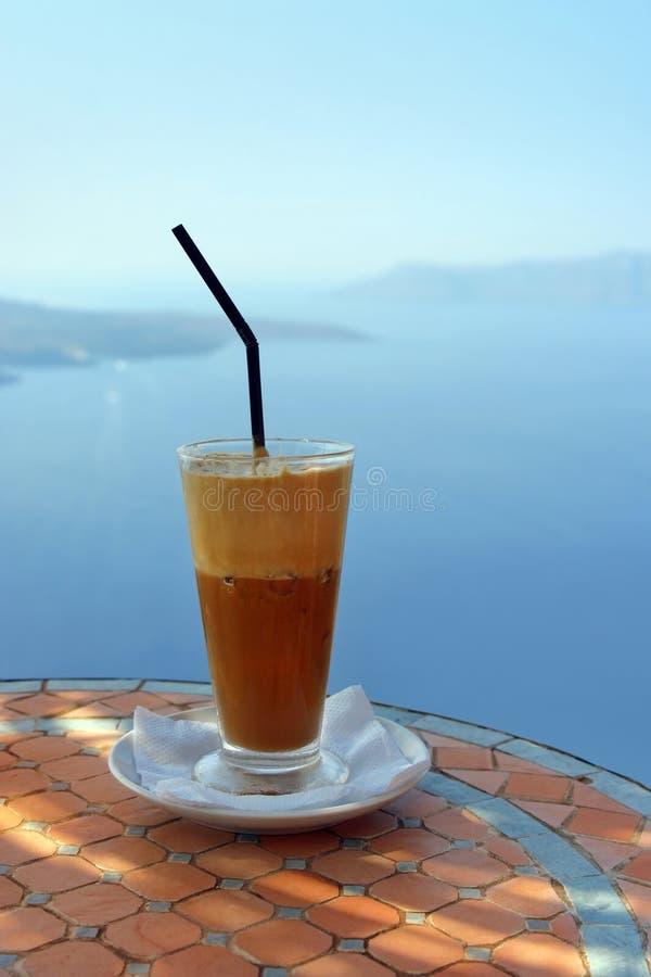 Kaffee mit Ansicht lizenzfreies stockfoto