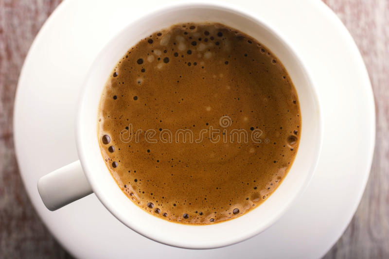 Kaffee mit Schaumgummi lizenzfreies stockbild