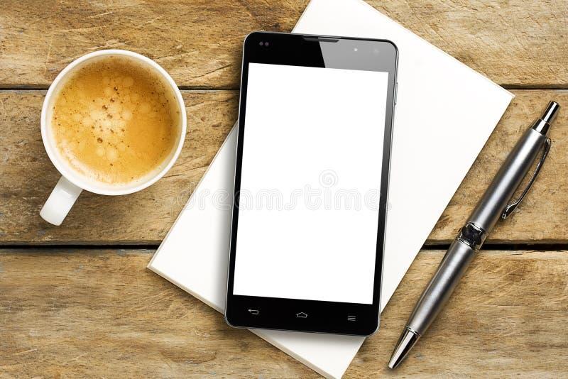 Kaffee Pen Notepad Smartphone-leeren Bildschirms lizenzfreie stockfotografie