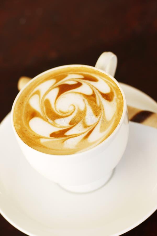 Kaffee und Kaffeekunst stockfotos