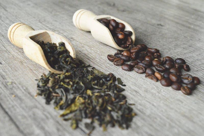Kaffee und Tee stockfotos