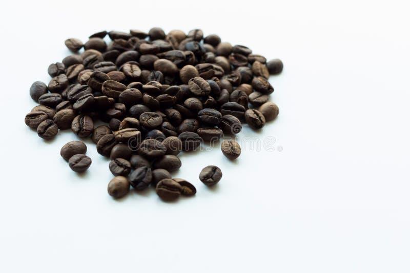 Kaffeebohnen gebraten lizenzfreie stockfotografie