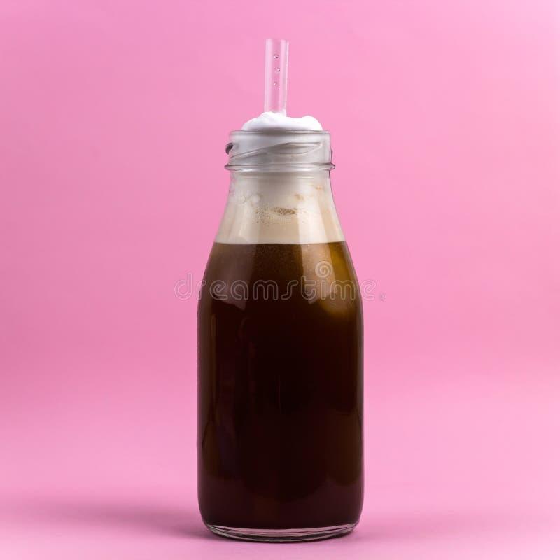 Kaffeecocktail mit gepeitschter Sahne stockfoto