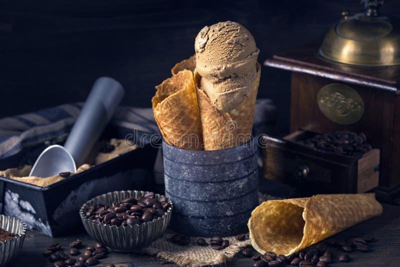 KaffeeEiscreme lizenzfreies stockfoto