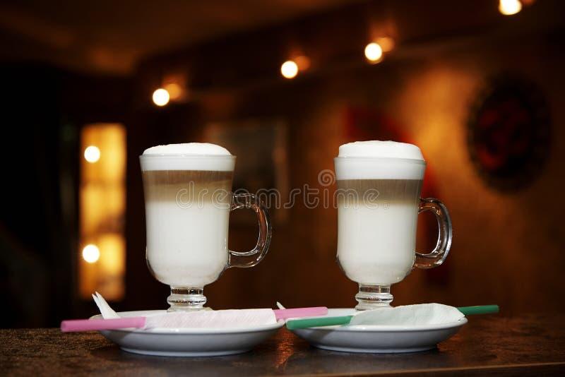 Kaffeegetränke in einem Glas stockfoto