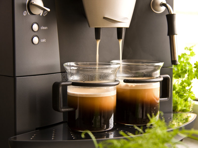 Kaffeemaschine lizenzfreie stockfotografie