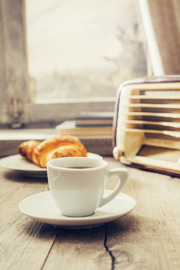 Kaffeepause zu Hause stockfoto