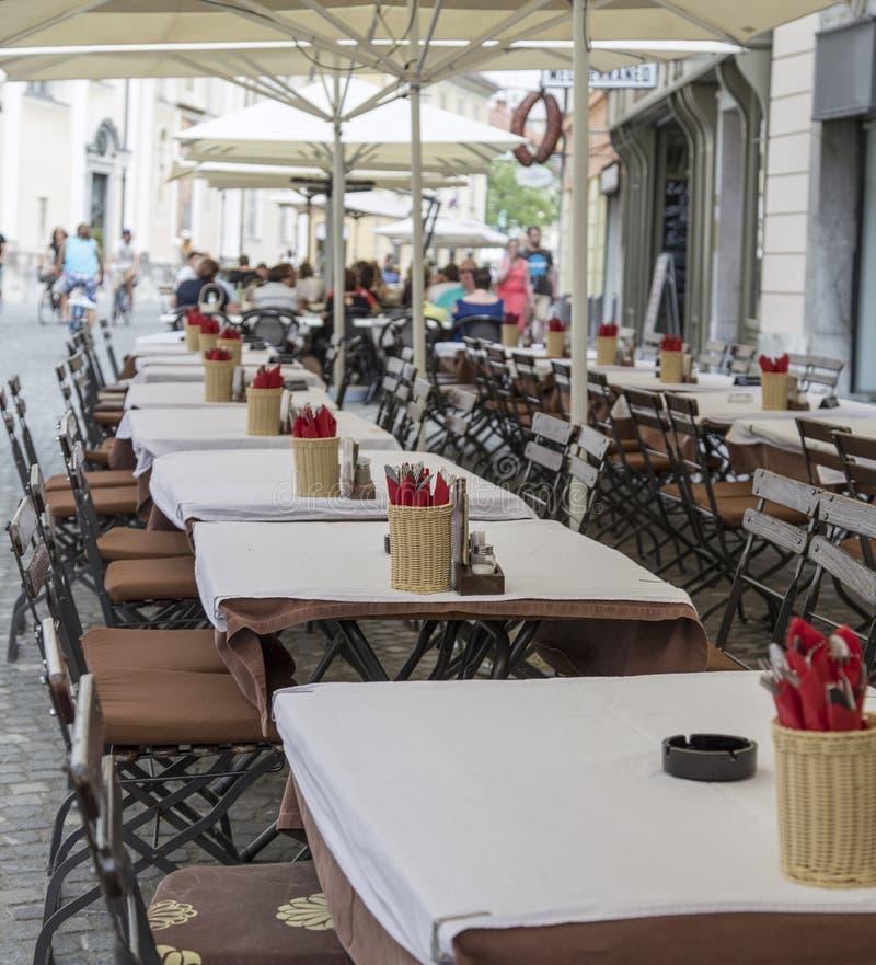 Kaffeestube in Ljubljana, Slowenien lizenzfreies stockfoto
