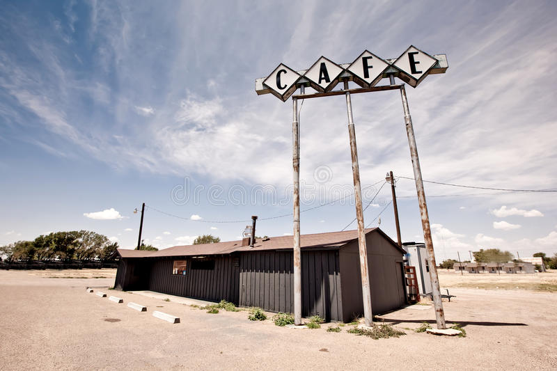 Kaffeezeichen entlang historischem Weg 66 in Texas. lizenzfreie stockfotos