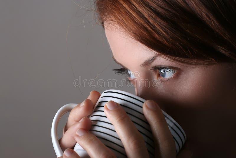 kaffeflicka royaltyfri fotografi