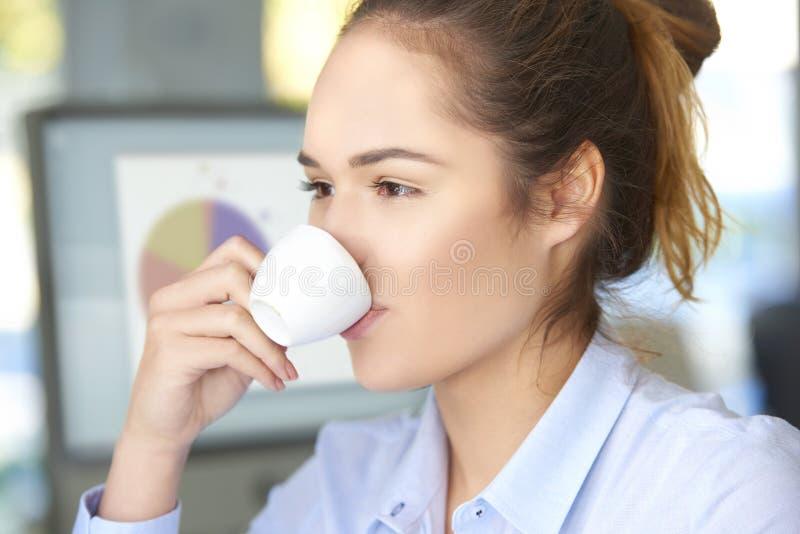 Kaffestöt kontoret fotografering för bildbyråer