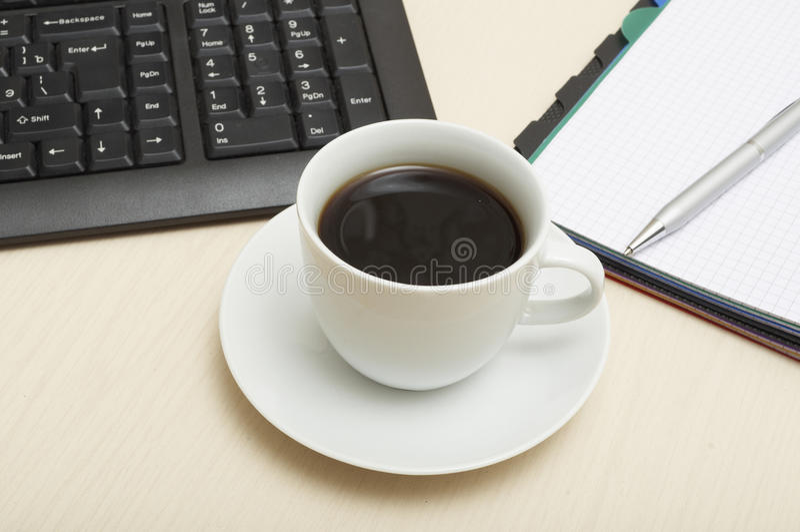 kaffetangentbordpapper arkivbild