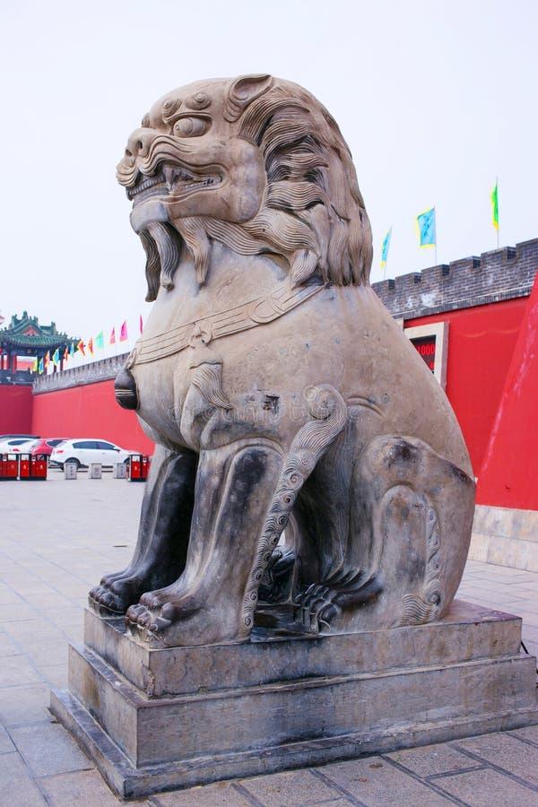 Kaifeng Kina Henan för turist- dragningar regering royaltyfria foton