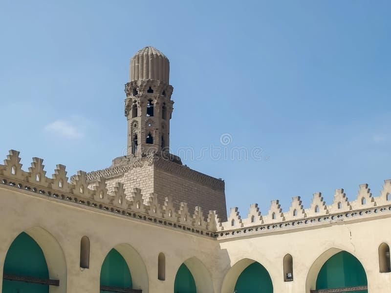 KAIR, EGIPT WRZESIEŃ, 26, 2015: minaret przy al hakim meczetem w Cairo, Egypt obrazy stock