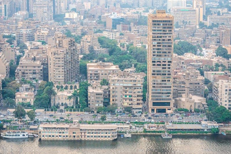 11/18/2018 Kairo, Ägypten, Panoramablick der Zentrale und des Geschäftsstadtteiles von der Aussichtsplattform am höchsten towe stockbilder