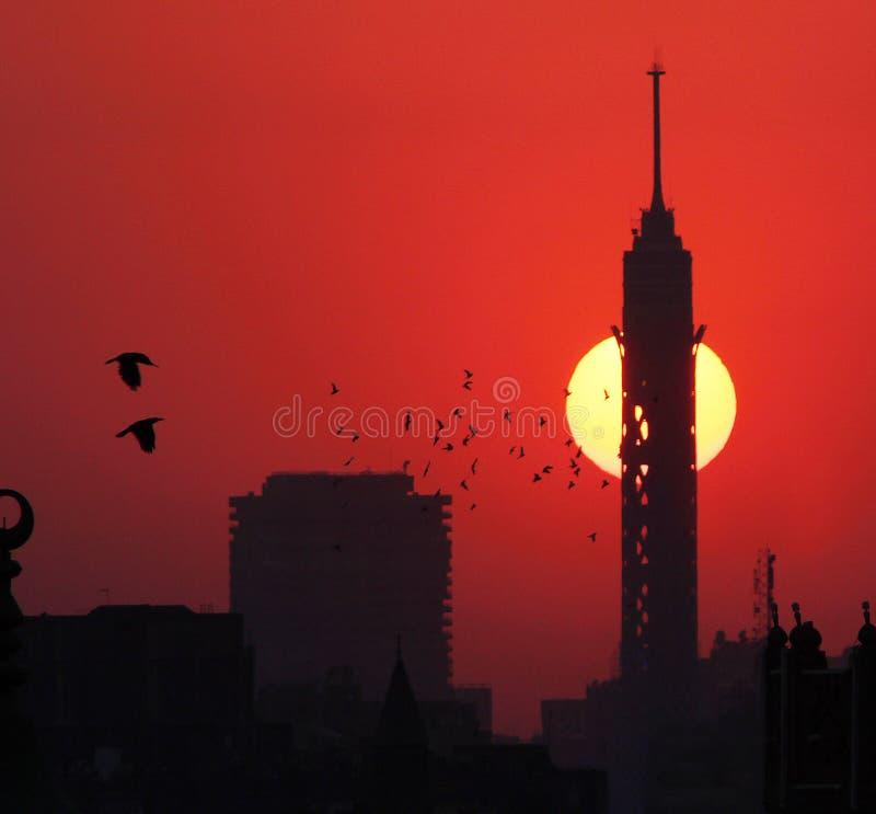 Kairotorn under solnedgång arkivfoton