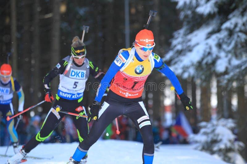 Kaisa Makarainen - biathlonstjärna royaltyfri foto