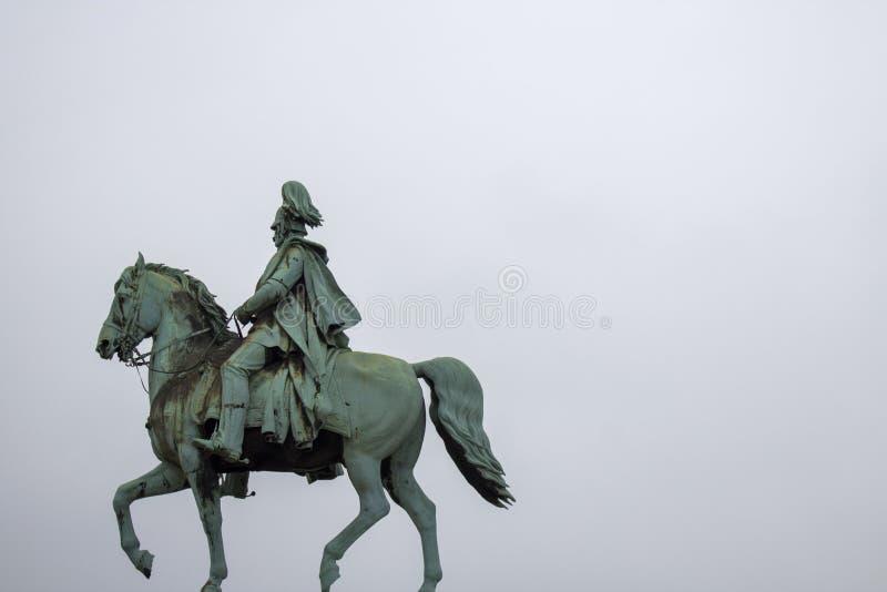 Kaiser威谦廉我雕象, Hohenzollern桥梁,科隆,德国 库存照片