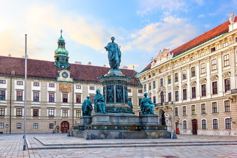 Kaiser Franz Monument dans Hofburg, Vienne, Autriche photo stock