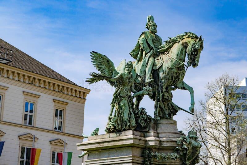 Kaiser Wilhelm Monument, Dusseldorf lizenzfreie stockfotografie