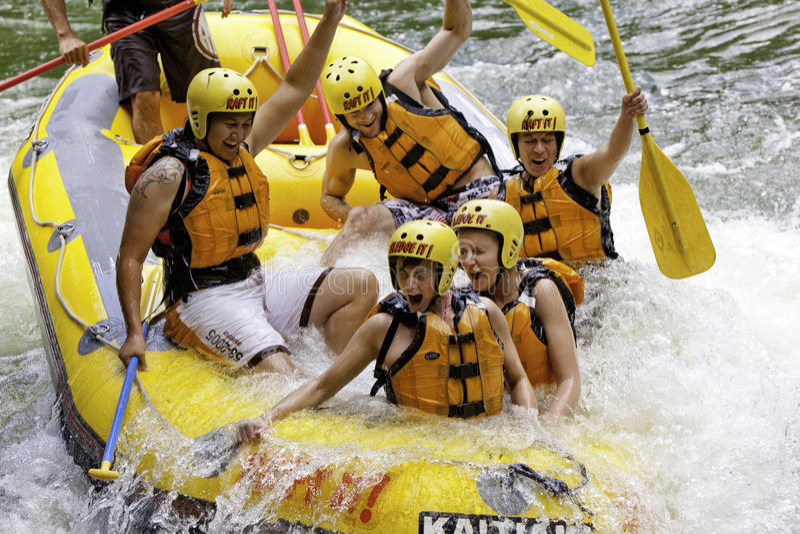 kaituna som rafting flodrotoruawhitewater royaltyfri fotografi