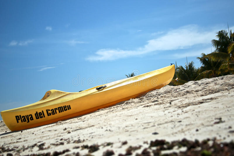 Kajak im Playa del Carmen stockfotos