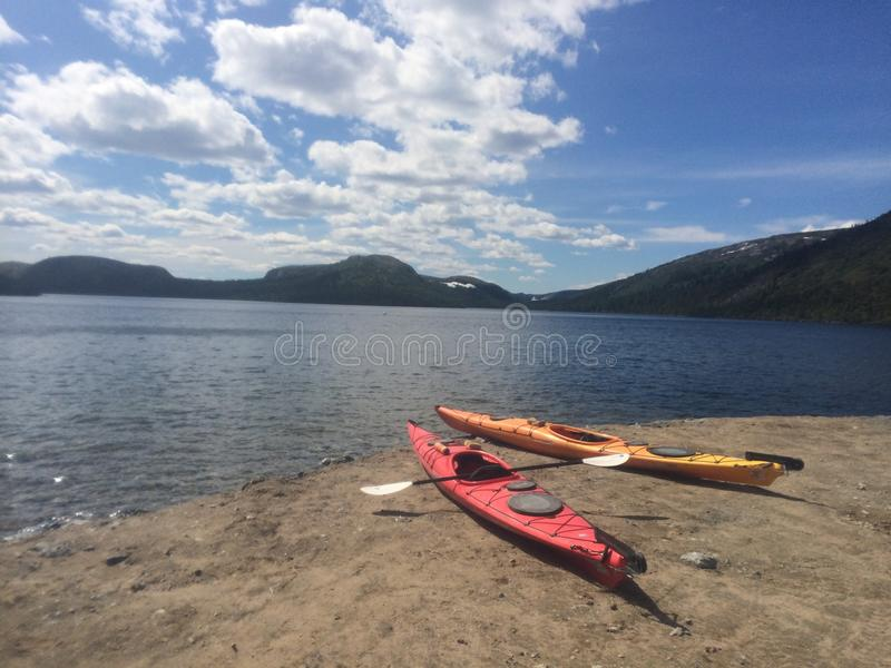 Kajak sul lago fotografie stock libere da diritti
