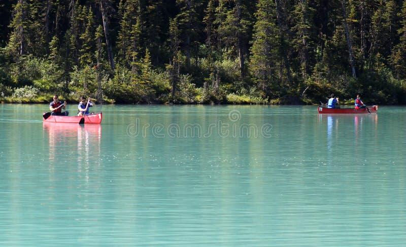 Kajakarki na Jeziornym Louise obrazy royalty free