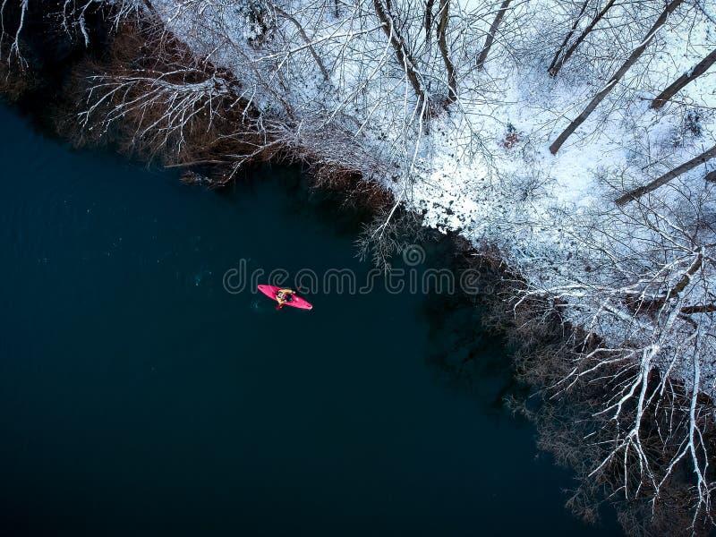 Kajaking en hiver photo libre de droits