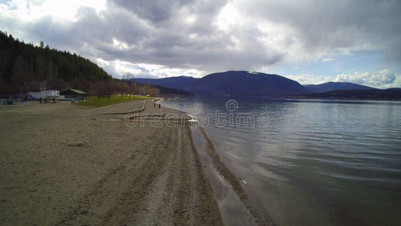 Kajakowa plaża - czekanie dla lata obrazy stock
