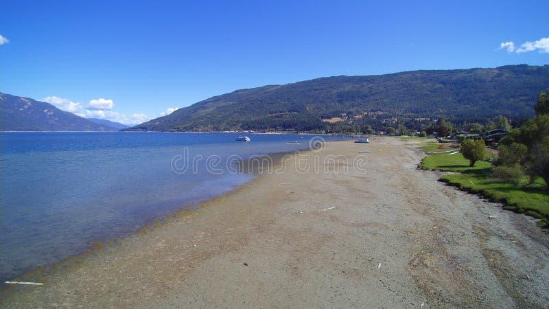 Kajakowa plaża - jesień zaczyna zdjęcie royalty free
