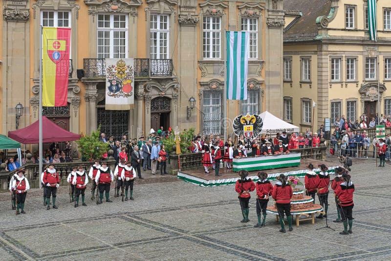 Kaka- och springbrunnfestival i Schwabisch Hall, Tyskland royaltyfri foto