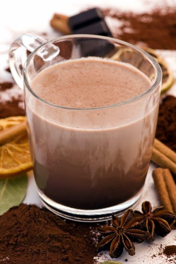 Kakao-Getränk mit Dekoration lizenzfreies stockbild